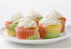 Tie-Dye Fruity Cupcakes – JELL-O Style