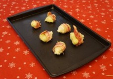 Holiday Appetizer-Bacon Wrapped Artichoke hearts